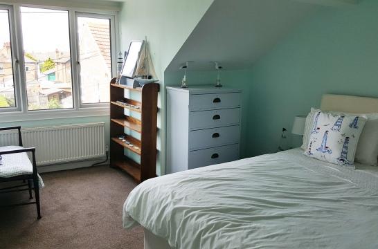 Bedroom3asKing2